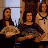 Pěvecký sbor CÍRKEVNÍ GYMNÁZIUM NĚMECKÉHO ŘÁDU Olomouc sbormistr: Veronika Rajtr Pavlová