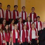 Studentský sbor Collegium Iuvenum sbormistr: Leszek Kalina