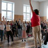 Společné rozezpívání: Alena Tichá